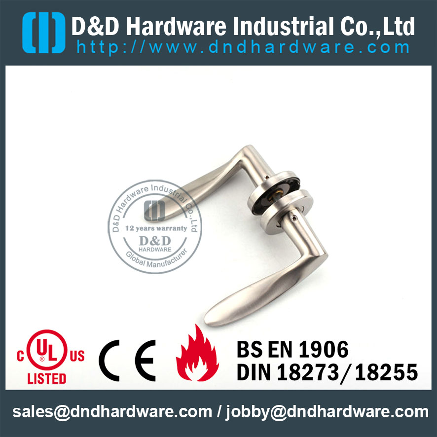 D&D Hardware-Europe Solid handle DDSH001